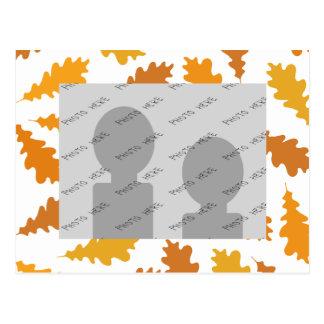 Modelo de las hojas de otoño postal