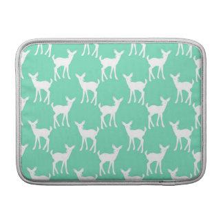 Modelo de los ciervos de la verde menta funda macbook air