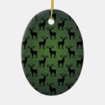Modelo de los ciervos del dólar en verde ornamento de navidad