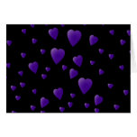 Modelo de los corazones del amor en negro y púrpur felicitación