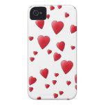 Modelo de los corazones del amor en rojo y blanco iPhone 4 Case-Mate fundas