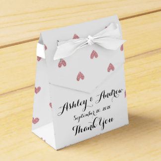 Modelo de los corazones del brillo del rosa color caja para regalos