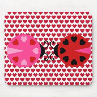 Modelo de los corazones del día de San Valentín as Alfombrilla De Ratones