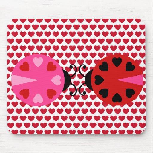 Modelo de los corazones del día de San Valentín as Tapetes De Raton