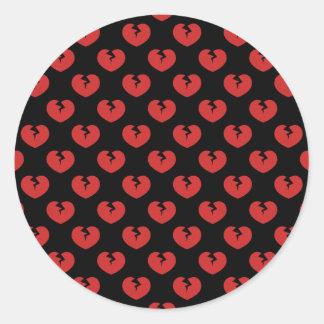 Modelo de los corazones quebrados etiqueta redonda