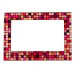 Modelo de los cuadrados de los tonos del rosa, del marcos magnéticos para fotos