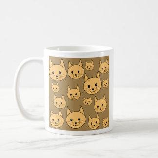 Modelo de los gatos del jengibre en Brown Tazas De Café
