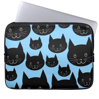 Modelo de los gatos negros en azul manga computadora