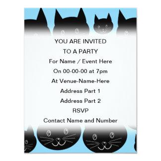 """Modelo de los gatos negros en azul invitación 4.25"""" x 5.5"""""""