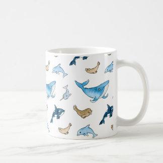 Modelo de los mamíferos del mar taza de café