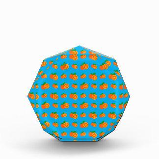 Modelo de los naranjas del azul de cielo