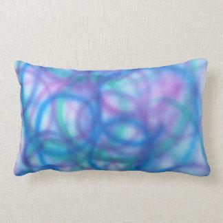 Modelo de los remolinos del azul y de la púrpura almohadas