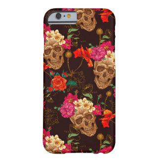 Modelo de los rosas de n de los cráneos ' funda barely there iPhone 6