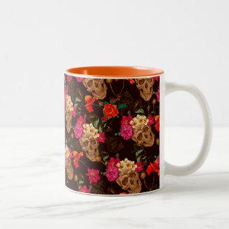 Modelo de los rosas de n de los cráneos ' taza de café de dos colores