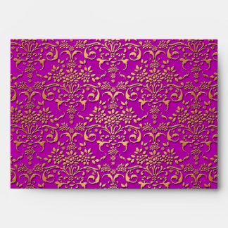 Modelo de lujo del damasco de la púrpura y del oro sobres