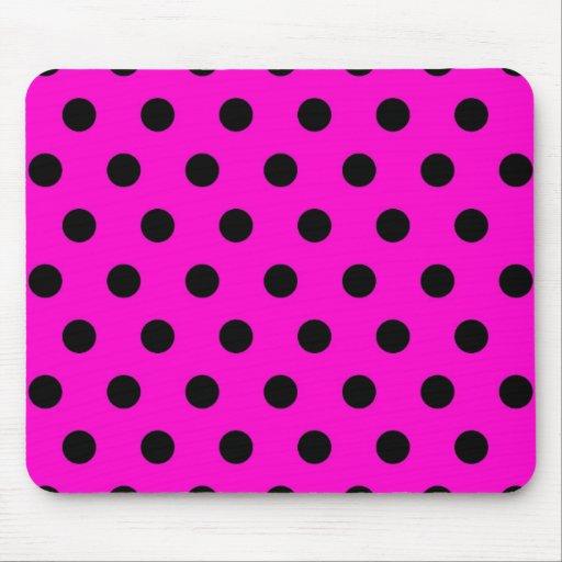 Modelo de lunar negro rosado mouse pad