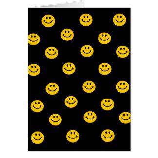 Modelo de lunar sonriente amarillo tarjeta de felicitación