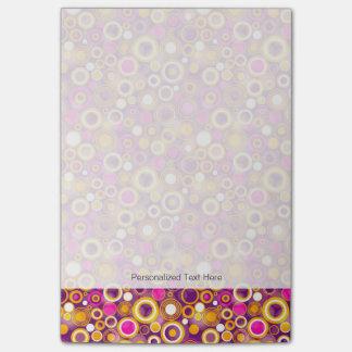 Modelo de lunar violeta post-it® nota