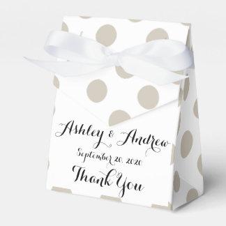 Modelo de lunares blanco beige cajas para regalos