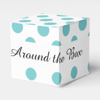 Modelo de lunares blanco del trullo cajas para regalos