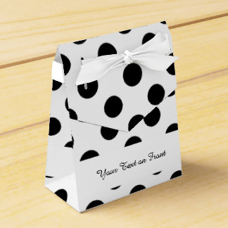 Modelo de lunares blanco negro caja para regalos