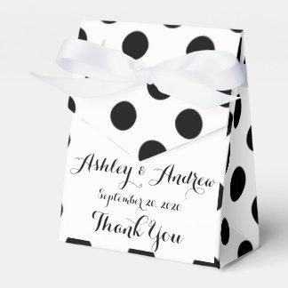 Modelo de lunares blanco negro cajas para regalos