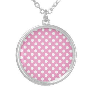 Modelo de lunares rosado lindo colgante redondo