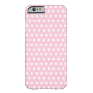 Modelo de lunares rosado y blanco funda de iPhone 6 barely there