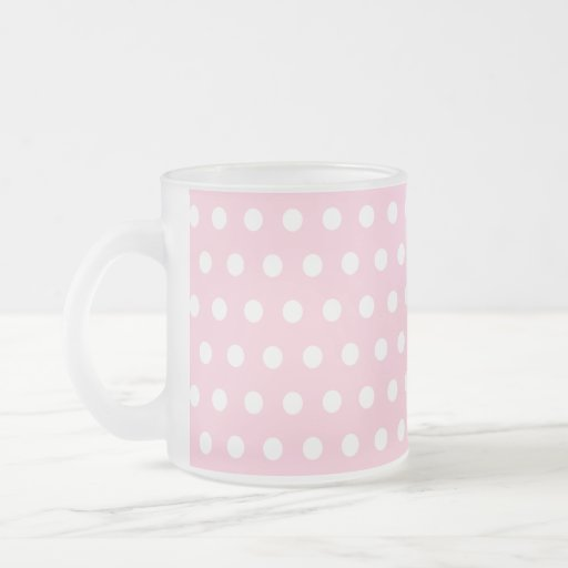 Modelo de lunares rosado y blanco taza de café esmerilada