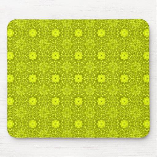 Modelo de madera abstracto amarillo mouse pad
