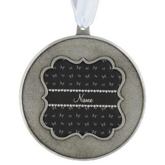 Modelo de mariposa negro conocido personalizado adorno ondulado
