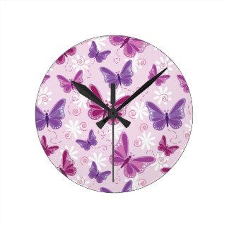 modelo de mariposa reloj redondo mediano