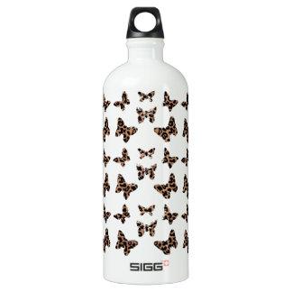 Modelo de mariposas del estampado leopardo