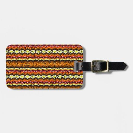 Modelo de moda colorido etiquetas para maletas