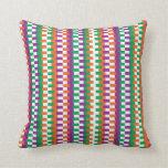 Modelo de moda de las rayas colorido almohadas