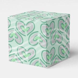 Modelo de moda de los corazones de las rayas cajas para regalos de fiestas