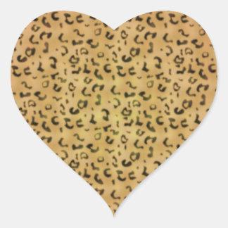 Modelo de moda del leopardo pegatina en forma de corazón