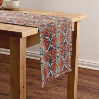 Modelo de mosaico indio de la cabina del nativo camino de mesa mediano