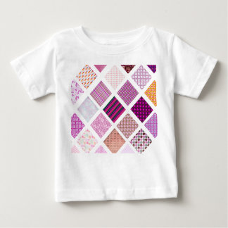 Modelo de mosaico rosado playera