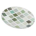 Modelo de mosaico verde del edredón plato de comida