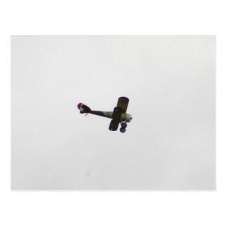 Modelo de Nieuport 28 en vuelo Postales