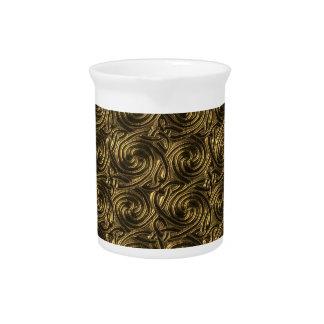 Modelo de nudos espiral céltico de oro antiguo jarras