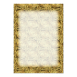 """Modelo de nudos espiral céltico de oro brillante invitación 5"""" x 7"""""""