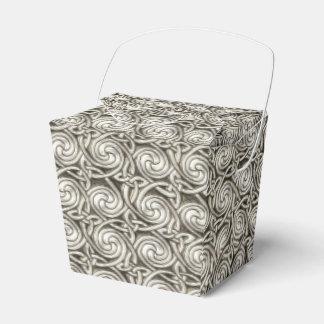 Modelo de nudos espiral céltico de plata brillante caja para regalos de fiestas