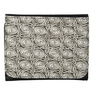 Modelo de nudos espiral céltico de plata brillante