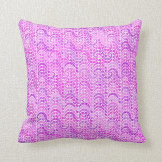Modelo de onda abstracto - violeta, lavanda, cojín