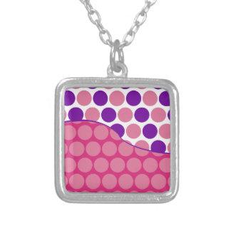 Modelo de onda rosado de la diversión y púrpura gr joyerías