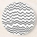 Modelo de ondas blanco y negro posavasos personalizados