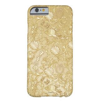 Modelo de oro adornado de Cenicienta Funda Para iPhone 6 Barely There