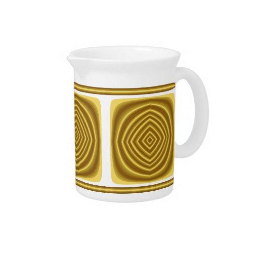 Modelo de oro jarras para bebida